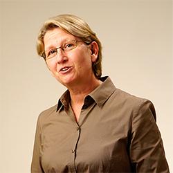 Dozentin Anette Huesmann